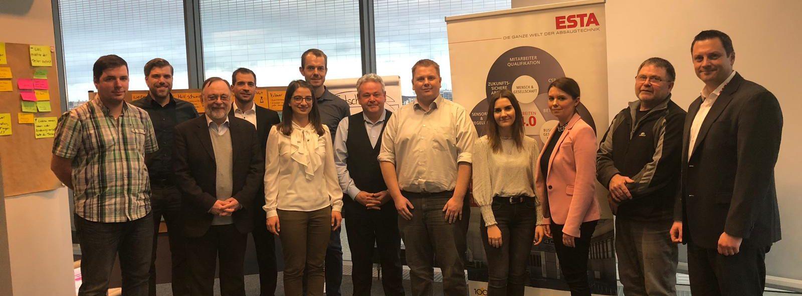 Ein Team von Experten des Fraunhofer IPA, der Universität Stuttgart und ESTA entwickelte mit Design Thinking frugale Lösungen für Absauganlagen